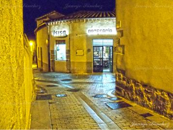 Tienda de artesanía en Ledesma