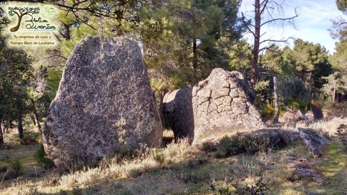 13 rocas talladas tonda